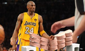 kobe-breaking-bricks