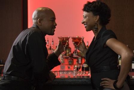 black_couple_bar
