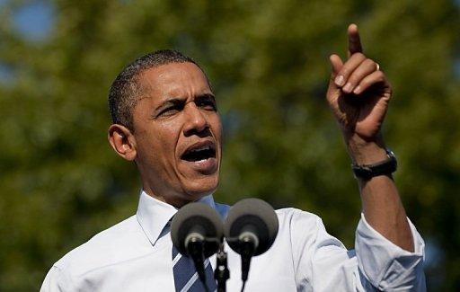 obama-speaking-outdoors