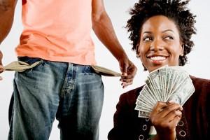man-giving-woman-money-300×200