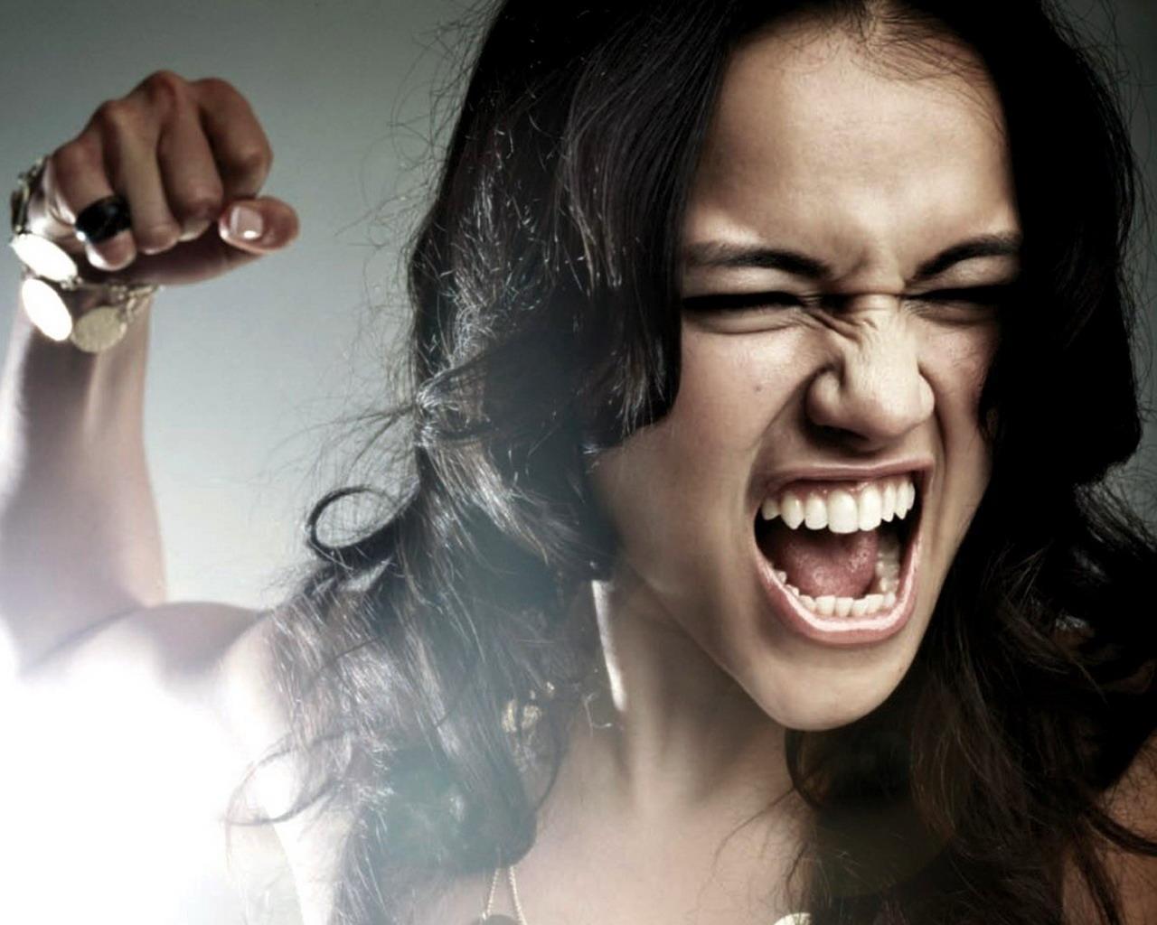 angrywoman