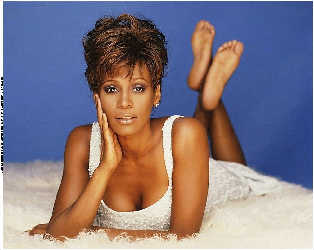 Whitney-Houston-Feet-609260